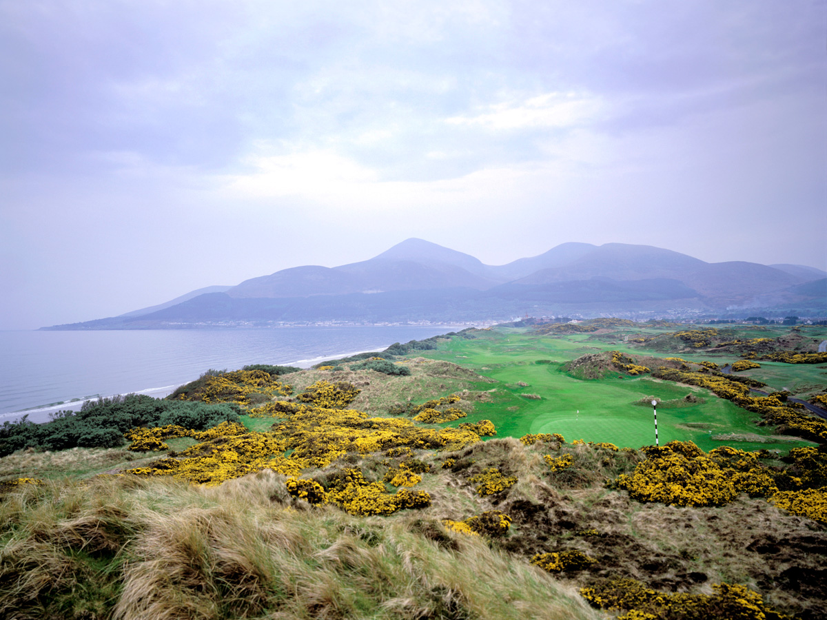 Royal county down hole 3 joann dost golf editions for Royal county down